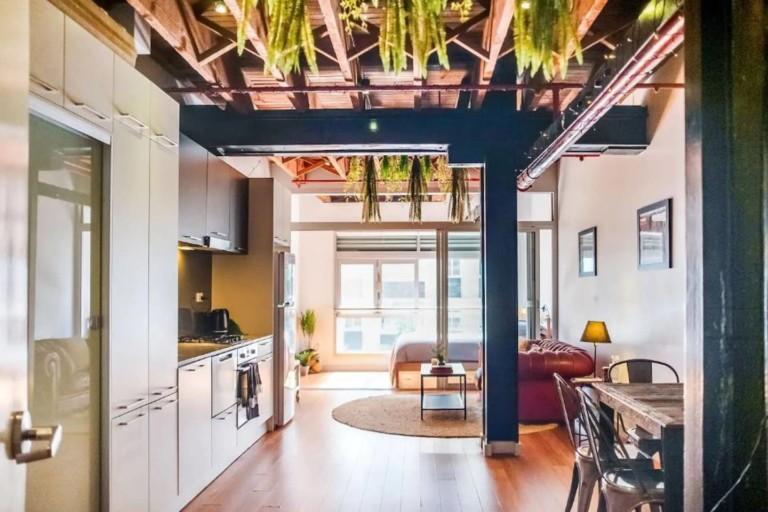 Book a dream Sydney vacation rental in Darlinghurst
